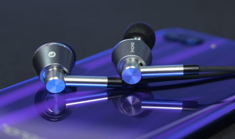 1More Triple Driver is one of the best wired earbuds for small ears