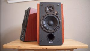Read more about the article Best Bookshelf Speakers Under 500