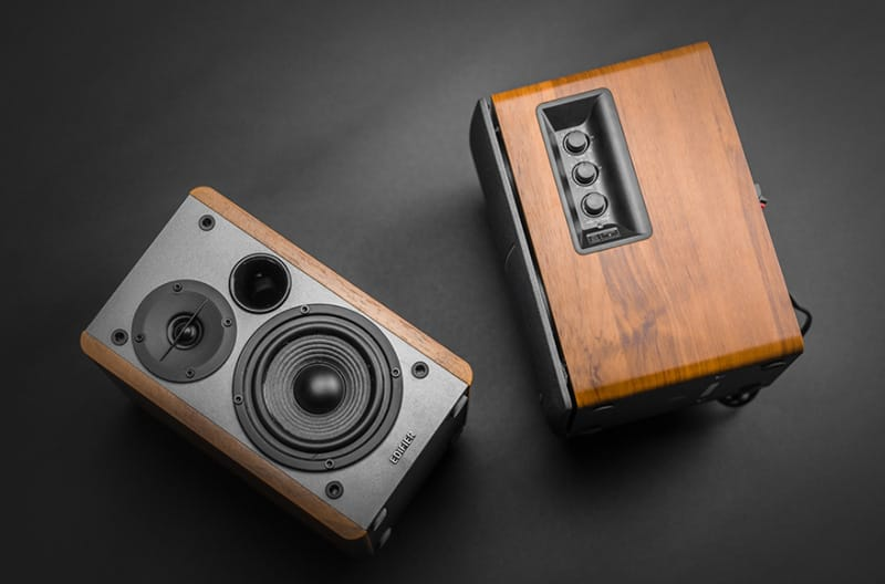 Top 10 Best Bookshelf Speakers Under 200