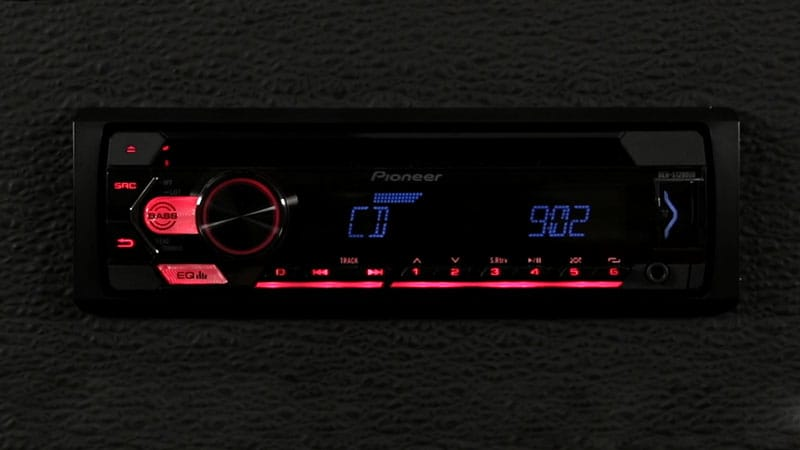 Pioneer DEH-S1100UB car stereo system